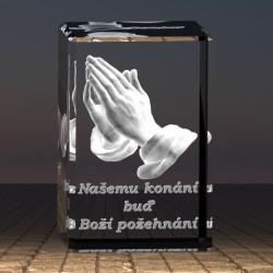 3D model ve skle | modlící se ruce